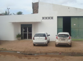 ALUGA-SE CASA COM GALPÃO – EXCELENTE PARA EMPRESA – FORQUILHA